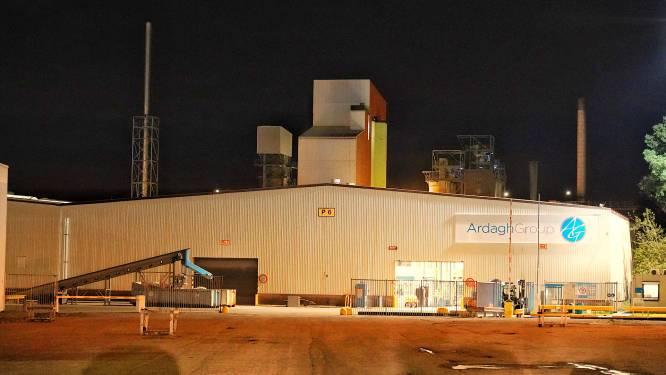 Grote brand in oven bij glasfabriek in Dongen
