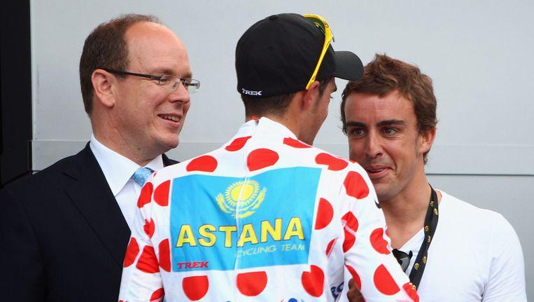 Alberto Contador en vriend Fernando Alonso binnenkort verenigd bij Euskaltel? Beeld GETTY