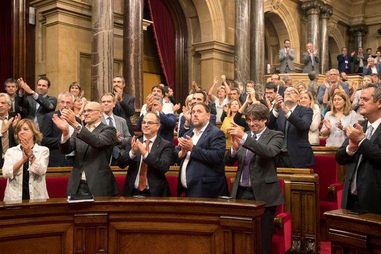 Het Catalaanse parlement riep op 27 oktober de onafhankelijkheid van de regio uit. Beeld ap