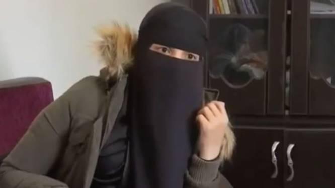 """IS-vrouw Fatima Benmezian emotioneel tijdens verhoor: """"Ze huilde omdat ze die hel moest herbeleven"""""""