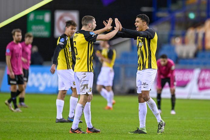 Jacob Rasmussen en Danilo Doekhi vormen een blok achterin bij Vitesse.