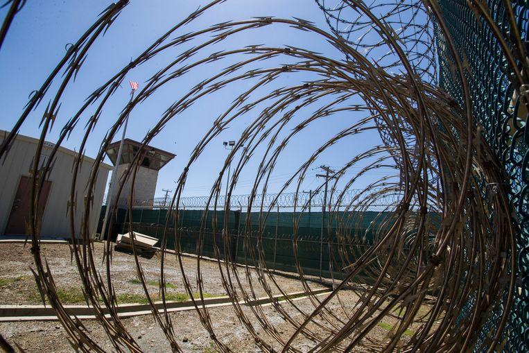 Een wacchttoren van de gevangenis Guantanamo Bay  Beeld AP
