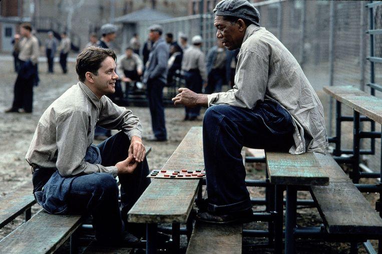 Tim Robbins en Morgan Freeman in 'The Shawshank Redemption' (1994) Beeld Columbia Pictures