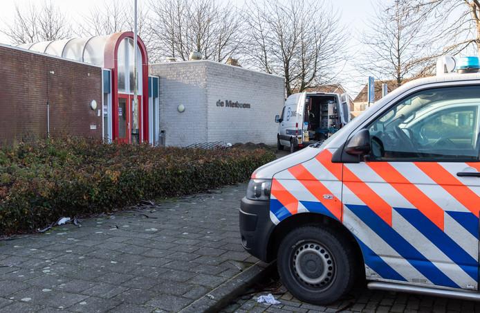 Burgemeester José van Egmond wil De Meiboom voor drie maanden sluiten. Volgende week neemt ze een definitief besluit.