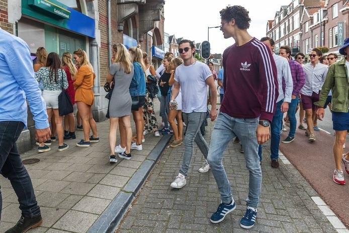 Studenten komen en gaan in Utrecht. Een flink aantal woont er wel, maar staat niet ingeschreven.