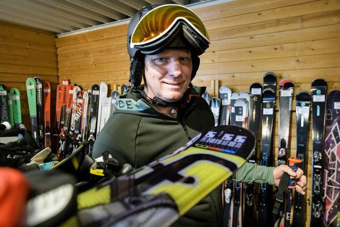Ski's in overvloed bij Hans Boudrie.