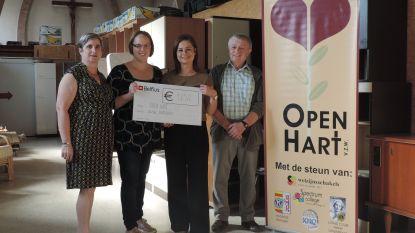 Stad schenkt cheque aan Open Hart vzw