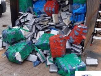 Vijf containers volgestouwd met 11,5 ton cocaïne onderschept: voormalige 'superflik' wellicht brein achter grootste drugsvangst ooit