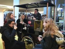 Houten laat zich de koffiefiets van Djofre niet zonder slag of stoot afpakken