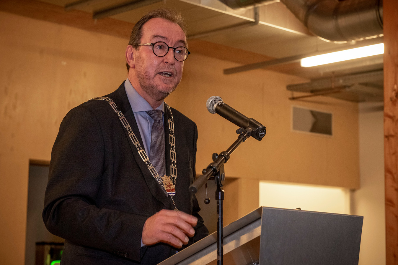 Vertrekkend burgemeester Jan Lonink van Terneuzen tijdens de nieuwjaarsreceptie van de gemeente in 2019.