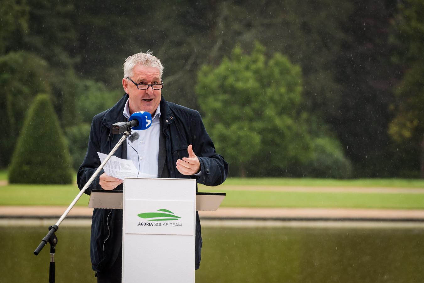 Gouverneur van Vlaams-Brabant Jan Spooren. Agoria Solar Team onthult unieke Belgische zonnewagen