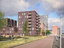 Tientallen nieuwe woningen op populaire pier: bewoners hebben straks uitzicht op bedrijvige Maas