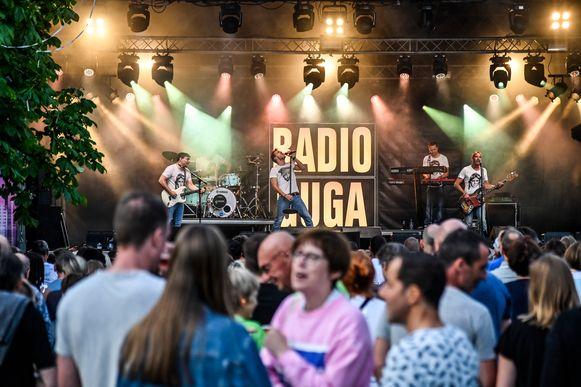 Radio Guga was één van de headliners van Denderpop.