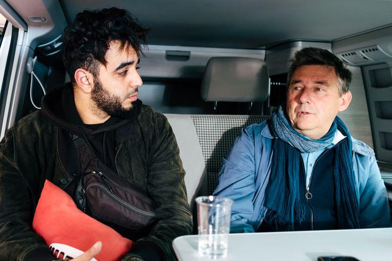 """Vranckx: """"Gasten als Yassine tonen waar het met de journalistiek naartoe moet. Daar moet je als media voor open staan. Doe je dat niet, dan word je irrelevant."""" Beeld Damon De Backer"""