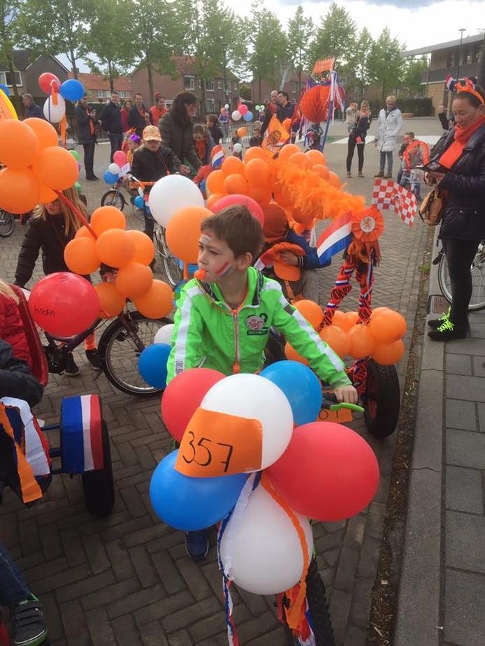 De optocht met versierde fietsen staat dit jaar in Moergestel op losse schroeven.