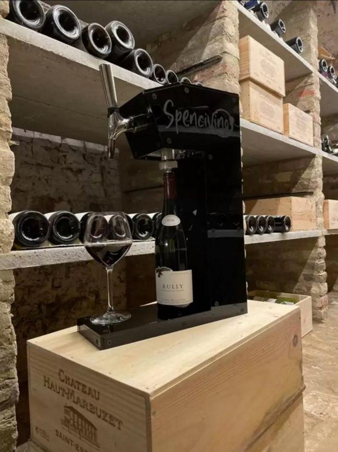 Met dit apparaat kan je wijn tot vier weken lang bewaren.
