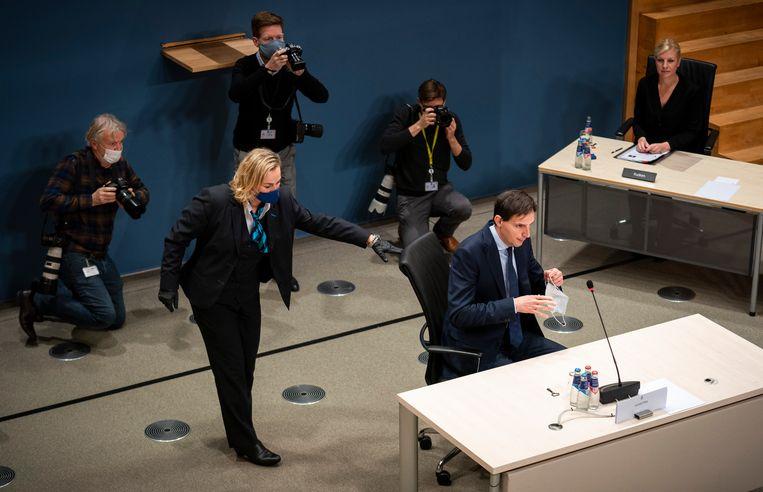Minister Wopke Hoekstra van Financiën tijdens zijn verhoor door de parlementaire enquêtecommissie Kinderopvangtoeslag. Beeld