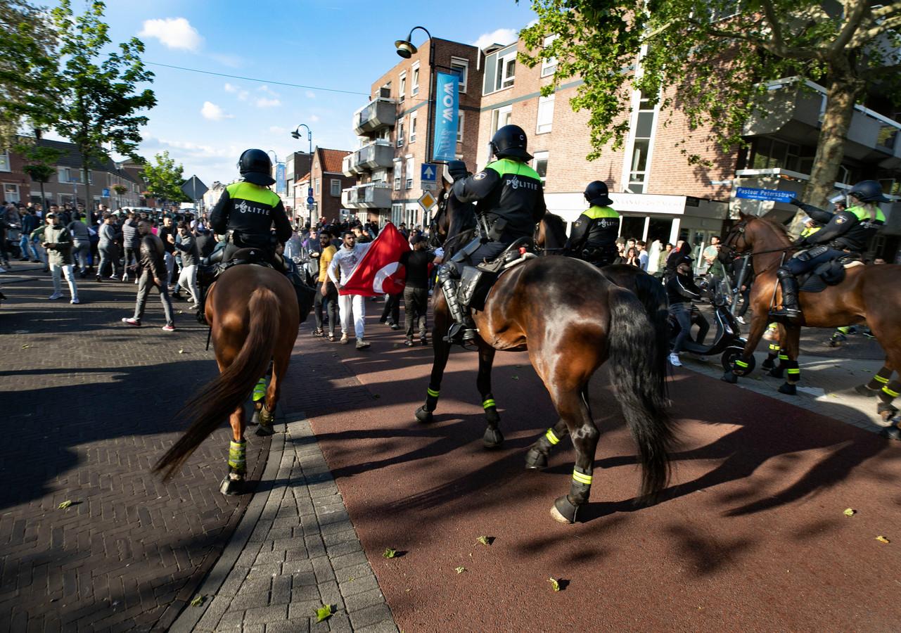 Pegida betoging Eindhoven. De politie voerde charges uit.