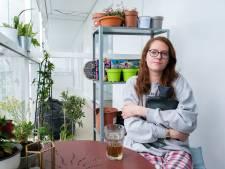 """A'nouch (30) is patiënte fibromyalgie en heeft altijd pijn: """"Maar ik weiger als een non te leven"""""""