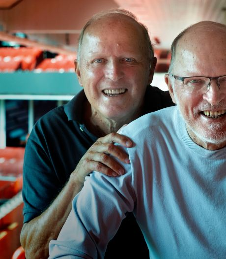 Ook na zeventig jaar zijn Willy en René een unieke én heel verschillende tweeling: 'Wat moet ik met die ouwe op de foto?'