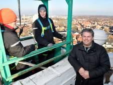 'De mooiste toren van Nederland' baadt al stiekem in 't licht