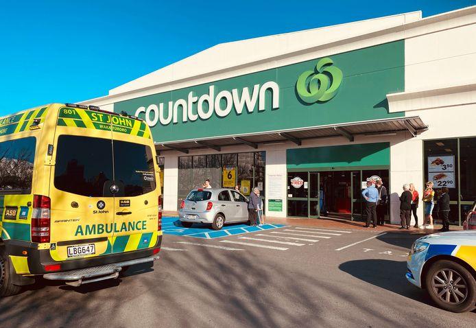 De steekpartij vond plaats in de supermarkt Countdown.