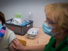 Bewoner grensregio krijgt coronaprik niet eerder, terwijl extra vaccins daar wél voor zijn bedoeld