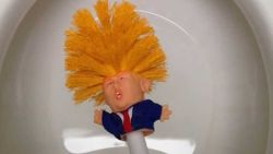 """Make your toilet great again!"": Trump-toiletborstel te koop"