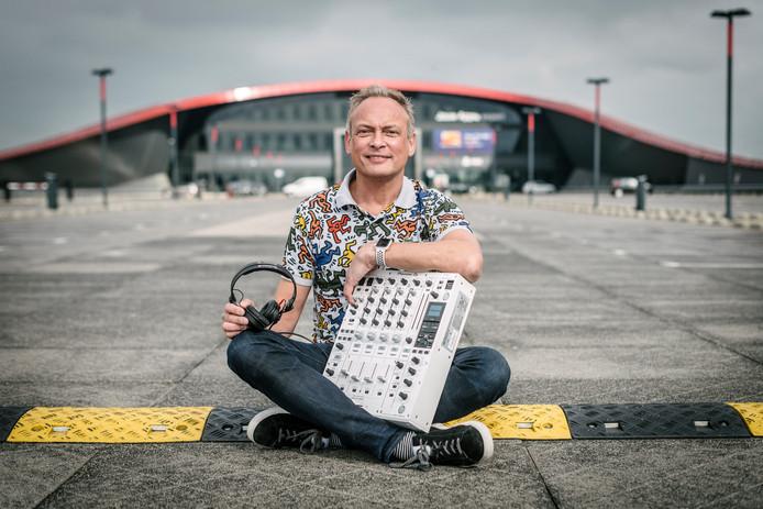 Eigenaar en directeur van de Apple Premium Seller Amac, opende de  47ste vestiging in The Wall in Utrecht.