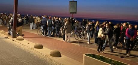 Des centaines d'ados rassemblés ce vendredi soir sur la digue et la plage de Knokke