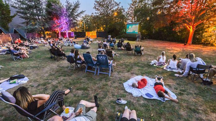 Vorig jaar werd voor het eerst een reeks filmvertongingen in openlucht georganiseerd.