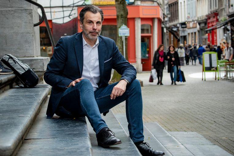 """""""Een ramp"""" zou het zijn volgens journalist Christophe Deborsu, als het land zou splitsen. """"Als het welvaartsniveau in Vlaanderen 100 is, zitten wij op 71."""""""