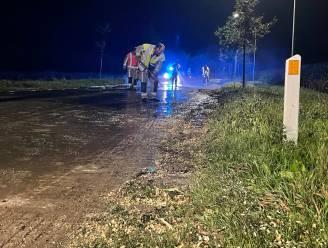 Brandweer moet 's nachts modderspoor opkuisen in Tielt