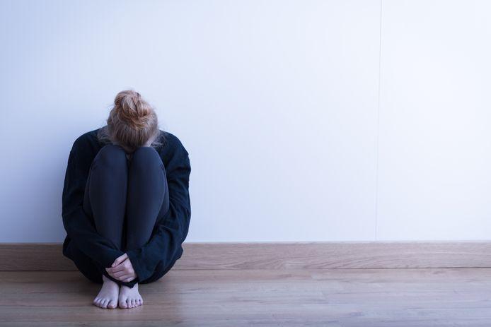 Meer en meer mensen bellen de hulplijn Sensoor vanwege psychische klachten, maar het lukt niet altijd hulpvragers te woord te staan.