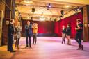 Samen met Anneleen Van Bossuyt, fractieleider van N-VA Gent, kreeg minister Diependaele een rondleiding in de Vooruit.