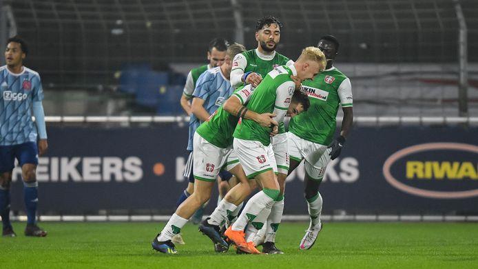 FC Dordrecht.   Kevin Jansen of FC Dordrecht heeft de 2-0 gescoord
