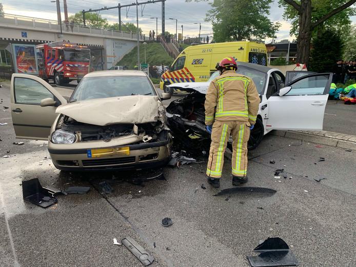 Heftig ongeluk Marconilaan Eindhoven