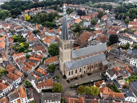 Doesburg is om: ook zonnepanelen in historisch centrum