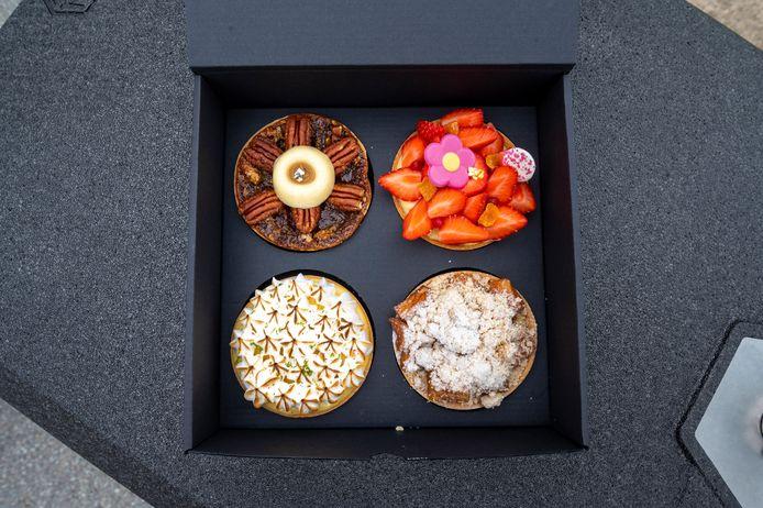 Huissen, 19 mei 2021. Mister Pie, Machiel van der Graaf, bakt bijzondere taartjes. Die bezorgt hij met zijn bakfiets. dgfoto . Foto: Gerard Burgers