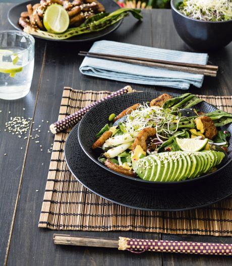 Wat Eten We Vandaag: Oosterse salade met gegrilde bosui