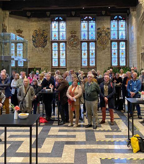 Bijna 200 erkende gidsen van over heel Vlaanderen bezoeken samen Gent