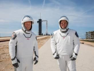 Deze twee beste vrienden zitten aan het stuur van de allereerste bemande commerciële ruimtevlucht