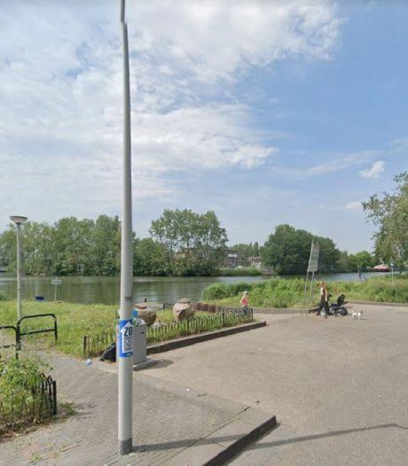 Aanwijzingen van opzet bij moeder die met kinderen in auto te water raakte in Amsterdam