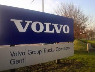 Volvo Trucks legt productie volgende week stil door chiptekort