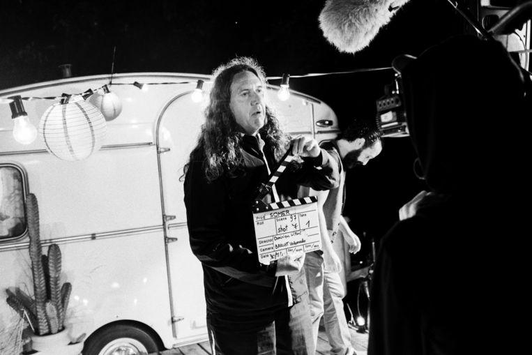 Regisseur en scenarist Dominique Willaert in zijn element.