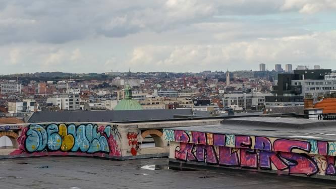 Graffiti van overheidsgebouwen verwijderen kost overheid 70.000 euro