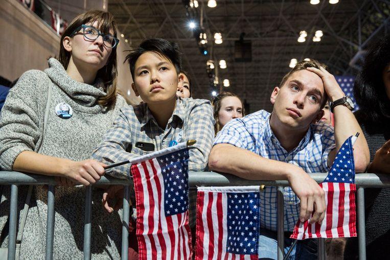 Hillary-supporters na het bekendraken van de verkiezingsuitslag bij de presidentsverkiezingen in november 2016. Beeld Photo News
