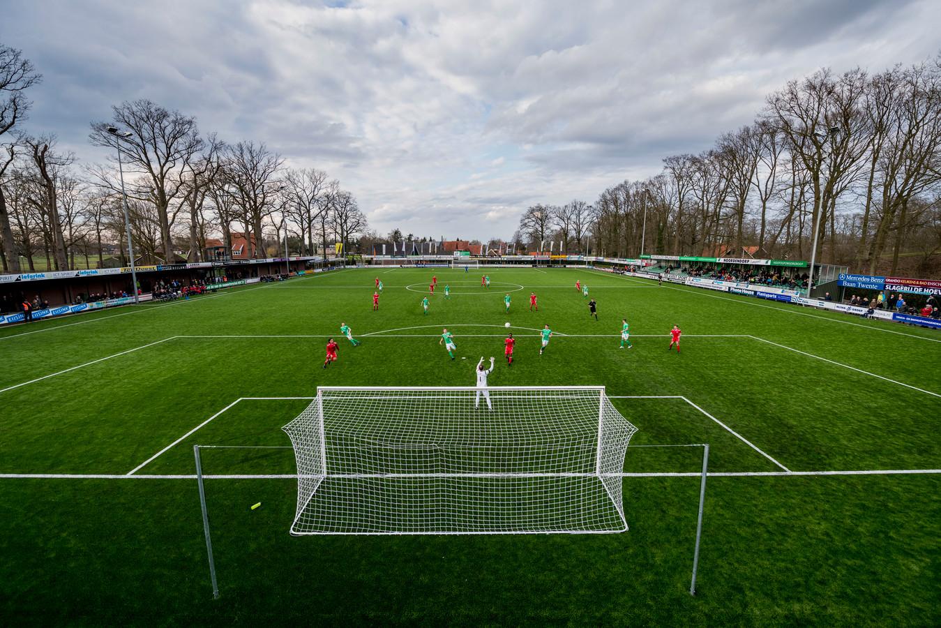 Het jubilerende HSC'21 oefent onder meer tegen FC Twente en Heracles.
