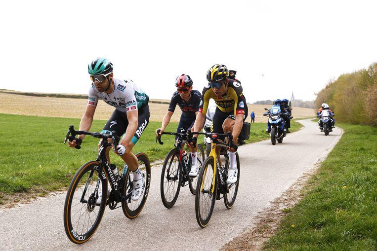 De Amstel Gold Race: (vlnr) Maximilian Schachmann, Thomas Pidcock en Wout van Aert. Beeld ANP