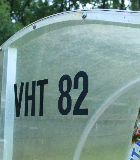 Blessuregolfje doet Vierhouten'82 de das om bij seizoensopening